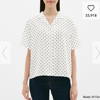 ジーユー(GU)のドットオープンカラーシャツ GU(シャツ/ブラウス(半袖/袖なし))