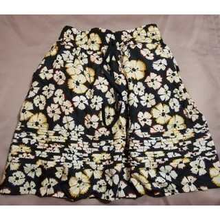 マークバイマークジェイコブス(MARC BY MARC JACOBS)のマークバイマークジェイコブスXS 花柄シルクスカート(ひざ丈スカート)