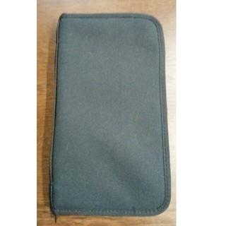 ムジルシリョウヒン(MUJI (無印良品))の無印良品 パスポートケース ブラック(旅行用品)