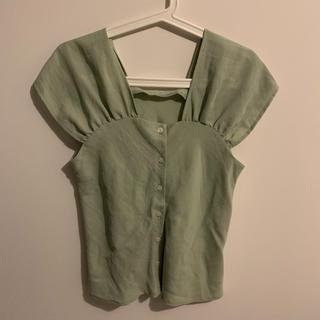 カスタネ(Kastane)のグリーンのブラウス(シャツ/ブラウス(半袖/袖なし))