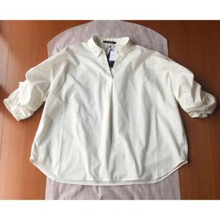 しまむら - 新品タグ付♡ しまむら 袖クシュクシュ 抜き襟 シャツ 抜き衿 Lサイズの方も