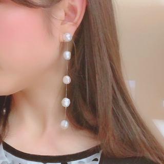 ドゥロワー(Drawer)の5 Drop Pearl Earring ロングドロップパールピアス/イヤリング(ピアス)