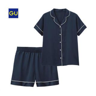 ジーユー(GU)のGU サテンパジャマ 半袖ショートPT(パジャマ)