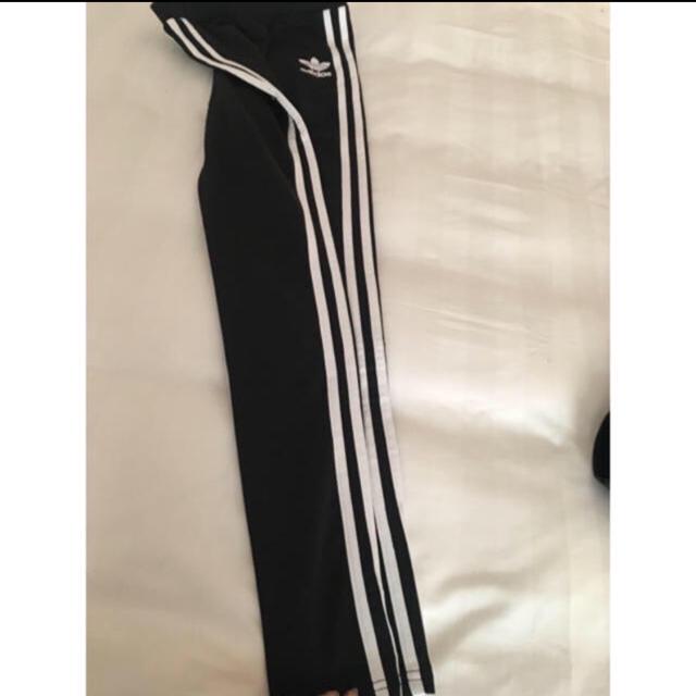 adidas(アディダス)の【新品未使用】アディダス ストレッチスキニートレーニングパンツ スポーツ/アウトドアのトレーニング/エクササイズ(トレーニング用品)の商品写真