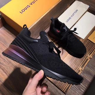 ルイヴィトン(LOUIS VUITTON)のルイヴィトン 新品 ファッション スニーカー 黒(スニーカー)