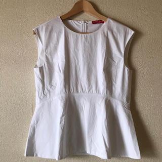 ロッソ(ROSSO)のCORSO ROSSO ホワイト ノースリーブブラウス 美品(シャツ/ブラウス(半袖/袖なし))