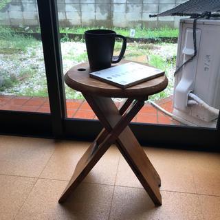イデー(IDEE)のoyuri様 ワイルドな木製サイドテーブル(コーヒーテーブル/サイドテーブル)
