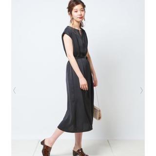 ナチュラルクチュール(natural couture)の新品 ナチュラルクチュール Iライン ドレス ワンピース ブラック 黒 ゆったり(ひざ丈ワンピース)