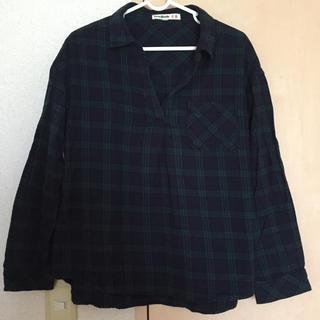 キューティーブロンド(Cutie Blonde)のグリーンチェックシャツ(シャツ/ブラウス(長袖/七分))