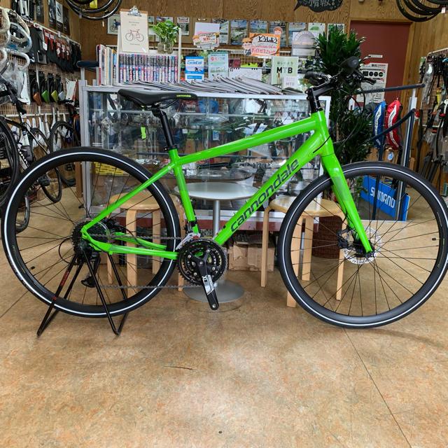 Cannondale(キャノンデール)の2019 キャノンデール クイックディスク4 Mサイズ  クロスバイク 3×9速 スポーツ/アウトドアの自転車(自転車本体)の商品写真