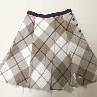 バーバリーブルーレーベル(BURBERRY BLUE LABEL)のチェック スカート(ひざ丈スカート)