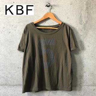 ケービーエフ(KBF)の【KBF】ナンバリングロゴ クルーネックTシャツ F(Tシャツ(半袖/袖なし))
