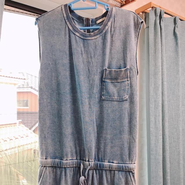 GU(ジーユー)のGU オールインワン レディースのパンツ(オールインワン)の商品写真