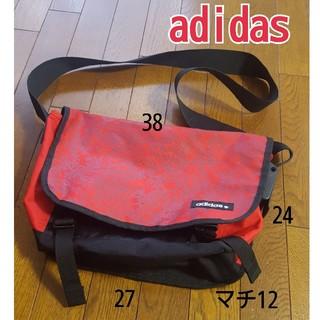 adidas - 美品 アディダス adidas ショルダーバッグ 斜めがけ ボディバッグ 赤