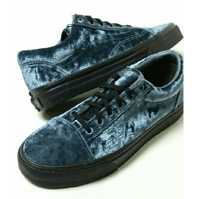 VANS(ヴァンズ)の最値定価8640円!新品!バンズ オールドスクール高級スニーカー 24.5 メンズの靴/シューズ(スニーカー)の商品写真