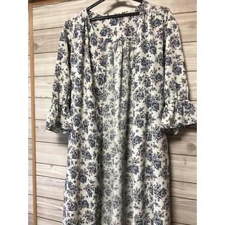GU - GU フラワープリントシャツワンピース  七分袖  花柄 ガウン