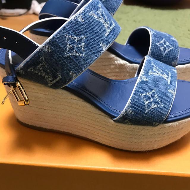 LOUIS VUITTON(ルイヴィトン)の日本限定Louis Vuitton デニム サンダル ルイヴィトン レディースの靴/シューズ(サンダル)の商品写真