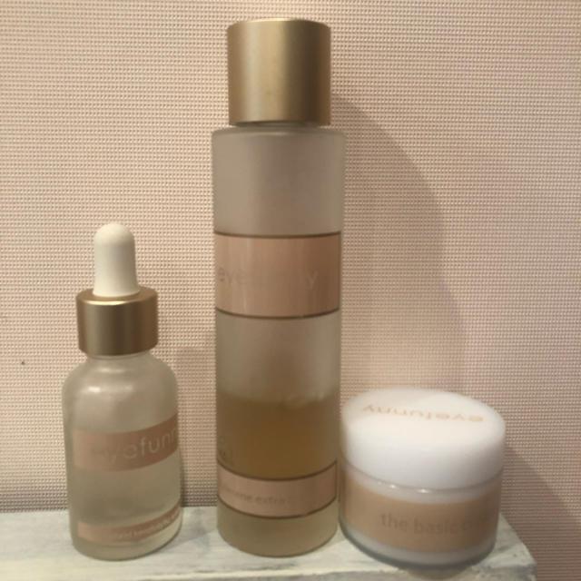 EYEFUNNY(アイファニー)のeyefunnybeauty ブースター、化粧水、クリーム コスメ/美容のスキンケア/基礎化粧品(化粧水/ローション)の商品写真