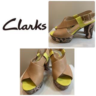 Clarks - クラークス パイソンレザー  サンダル