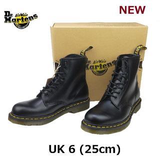 ドクターマーチン(Dr.Martens)の【ドクターマーチン】1460 UK6 8ホール ブーツ 黒 くろ(ブーツ)