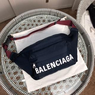 Balenciaga - ★新品★ バレンシアガ ウエストポーチ