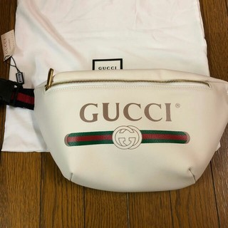 Gucci - GUCCI グッチ プリント レザー ボディバッグ