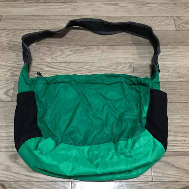 patagonia(パタゴニア)のPatagonia light weight travel courier  レディースのバッグ(ショルダーバッグ)の商品写真