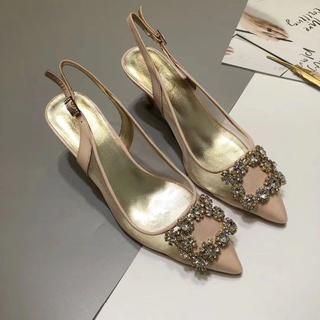 ROGER VIVIER - ROGER VIVIER 最近人気のある婦人靴 裸色