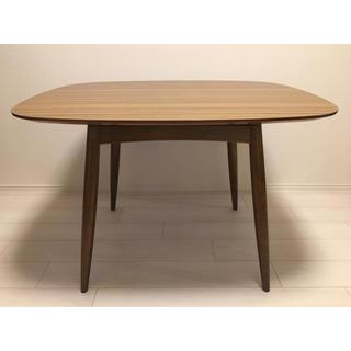 カリモクカグ(カリモク家具)のカリモク60+ Dテーブル(ダイニングテーブル)