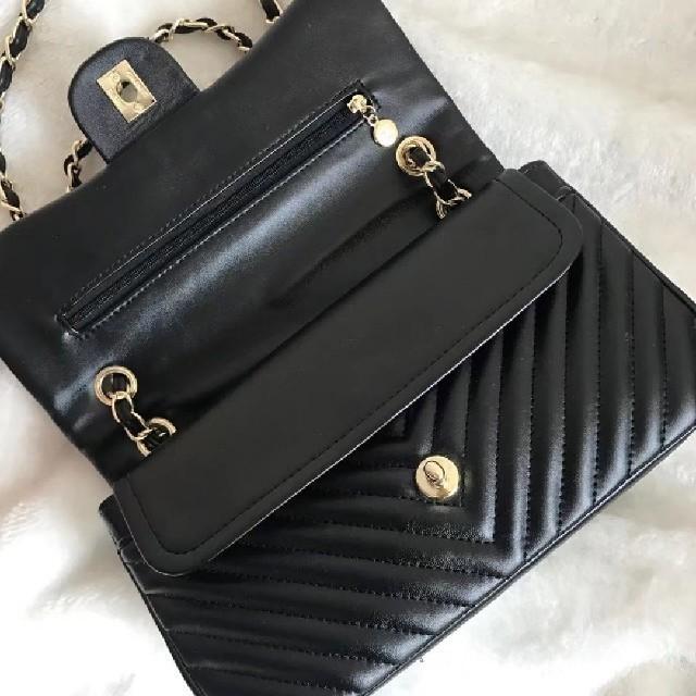 CHANEL(シャネル)のシャネルショルダーバッグ レディースのバッグ(ショルダーバッグ)の商品写真
