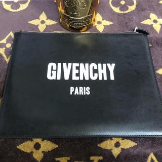 ジバンシィ(GIVENCHY)のGIVENCHYクラッチバッグ(セカンドバッグ/クラッチバッグ)