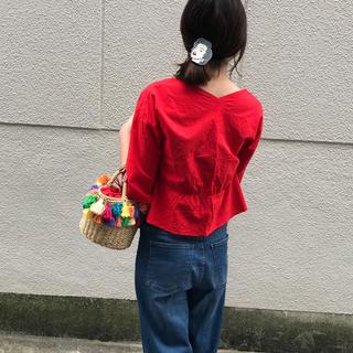 シマムラ(しまむら)のしまむら 赤 ブラウス お値下げしました(シャツ/ブラウス(半袖/袖なし))