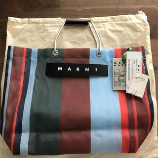 マルニ(Marni)のMARNI マルニフラワーカフェ ストライプバック ラッカーレッド(トートバッグ)