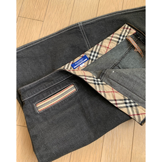 バーバリーブルーレーベル(BURBERRY BLUE LABEL)のデニムスカート(ひざ丈スカート)