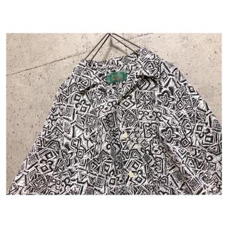 [used]monotone design open collar shirt.
