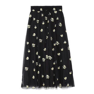 Mila Owen - 新品タグ付き Mila owen 刺繍入りスカート