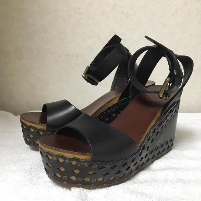 ASH(アッシュ)のASHアッシュ 厚底プラットフォームレザーウッドサンダル レディースの靴/シューズ(サンダル)の商品写真