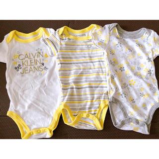 カルバンクライン(Calvin Klein)のCalvin Klein Jeans babyロンパース(ロンパース)