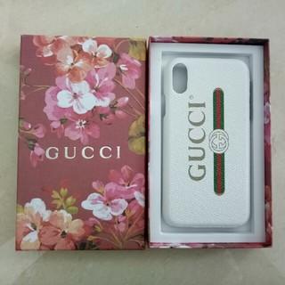 Gucci - GUCCI  IPHONEケース 白 新品未使用 人気品