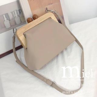ザラ(ZARA)の《3colour》wood gamaguchi bag/ウッドがま口バッグ(ショルダーバッグ)