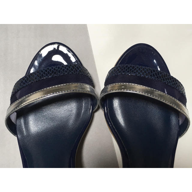 DIANA(ダイアナ)のDIANA チャンキーヒールサンダル レディースの靴/シューズ(サンダル)の商品写真