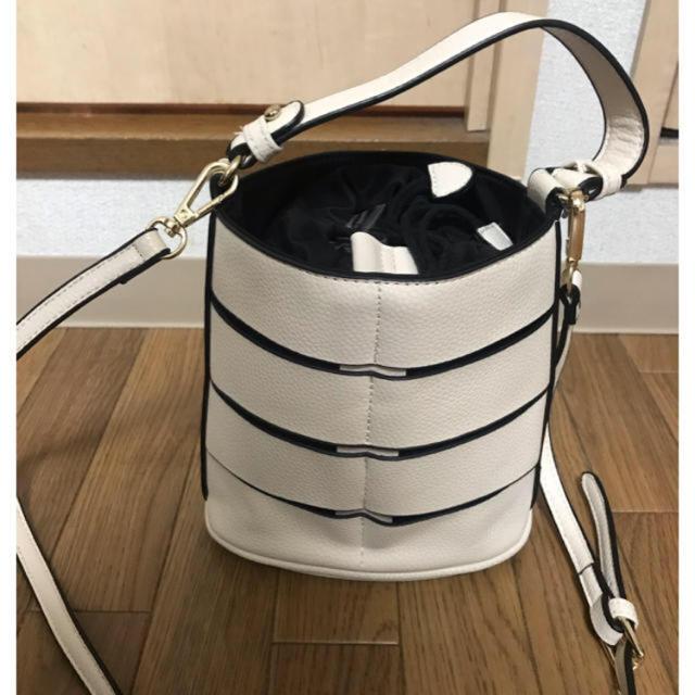 URBAN RESEARCH(アーバンリサーチ)のアーバンリサーチ★RODESKO★ロデスコ★2WAYバッグ★オフホワイト×黒 レディースのバッグ(トートバッグ)の商品写真