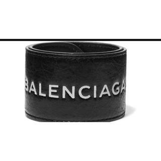 バレンシアガ(Balenciaga)のバレンシアガ レザースナップサイクルブレスレット 黒 X 白 バングル(ブレスレット/バングル)