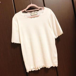 しまむら - メローTシャツ  ♡  ホワイト