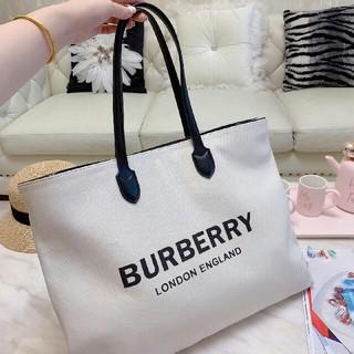 BURBERRY - BURBERRY レディーストートバックハンドバック