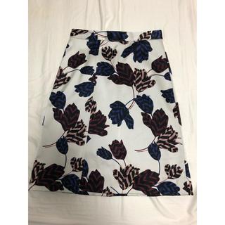 マークバイマークジェイコブス(MARC BY MARC JACOBS)のマークバイマークジェイコブス    花柄ミディスカート(ひざ丈スカート)
