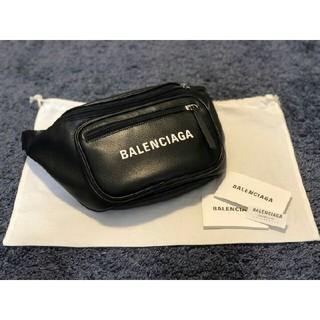 バレンシアガ(Balenciaga)のBALENCIAGA レザーボディーバッグ希少品(ボディーバッグ)