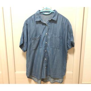ジーユー(GU)のデニムシャツ(半袖)(シャツ/ブラウス(半袖/袖なし))