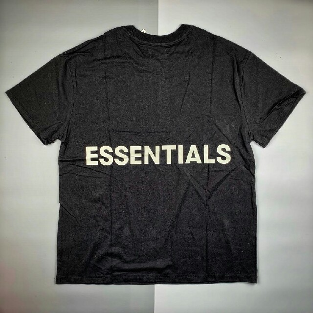 FEAR OF GOD(フィアオブゴッド)のFOG ESSENTIALS Tシャツ L メンズのトップス(Tシャツ/カットソー(半袖/袖なし))の商品写真