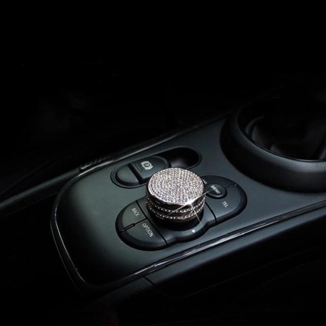 BMW(ビーエムダブリュー)のミニクーパー miniF54 F55 F56 F60  センターボタンカバー   自動車/バイクの自動車(車内アクセサリ)の商品写真